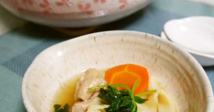 関西風のうどんすき出汁です。 お鍋の具に鶏肉や魚介を入れると、さらにいいお出汁がでて美味しさUP♪