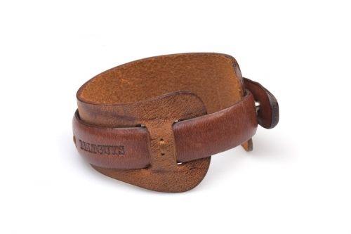 The new handmade bracelet from our autumn collection (various colors). Nowa, ręcznie wykańczana skórzana bransoletka z jesiennej kolekcji Beltguys Accessories (różne kolory). www.beltguys.eu #belts #bracelets #belt #bracelet #fashion #autumn #collection #men #women