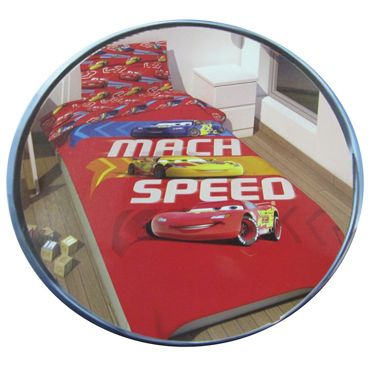 Copriletto Disney di Cars!  #cars #disney #saettamcqueen  http://www.carillobiancheria.it/trapuntino-copriletto-disney-cars-mach-speed-red-una-piazza-col-rosso-h704-p-8559.html