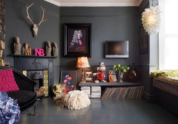 dark_and_moody_apartment_interior_design_5
