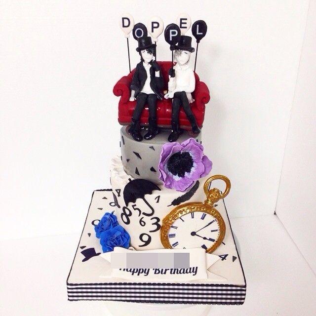 mcakesjapanバンドマンなイメージ段ケーキ🎂🎶🎵🎶🎵🎶🎵🎶🎵🎶🎵 #fondant #fondantcake #fondantfigure #alledible #birthdaycake #no #3段ケーキ