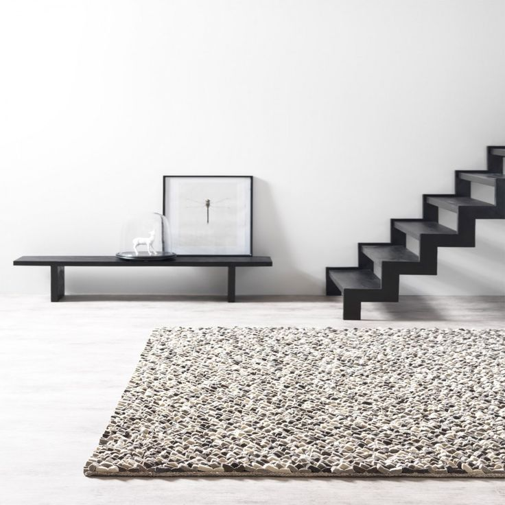 Rocks & Stone Rocks 800 Wool Luxury Rug By ITC  Rocks & Stone Rocks 800 Wool rug is an offering from ITC made with pure  felted wool having anti-fade, stain-resistant and non-shedding fibres.  #woolrugs #luxuriousrugs #abstractrugs #handmaderugs