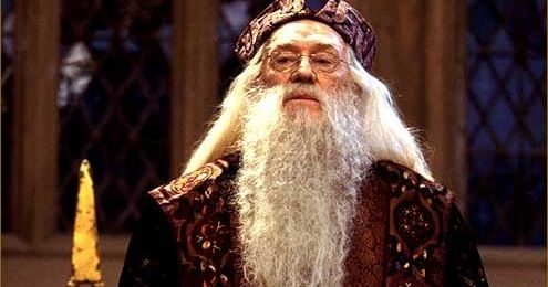 "I got ""Albus Percival Wulfric Brian Dumbledore"" on ""Πόσο καλά ξέρεις τον κόσμο του Harry Potter"" on Qzzr. What about you?"
