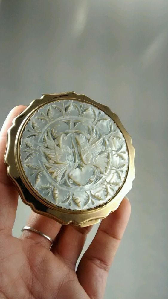 Vintage Stratton England faux carved mother of pearl birds  compact mirror