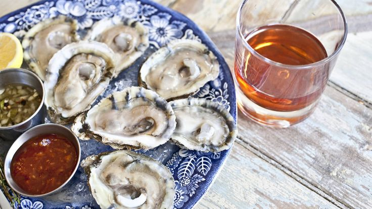Looking for New York's best oyster happy hour? NYC is home to some great bivalve deals at local seafood restaurants and bars.