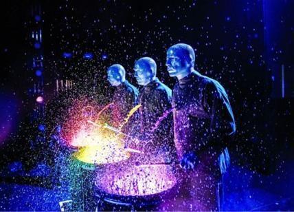 Blue Man Group: sbarca a Milano lo show più colorato dell'anno