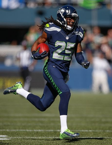 WATCH Lions vs. Seahawks, NFL Live  - Stream Online: Free Monday Night Football Coverage -  By Danica Bellini, MstarsNews Head Writer | Oct 05, 2015 07:30 PM EDT