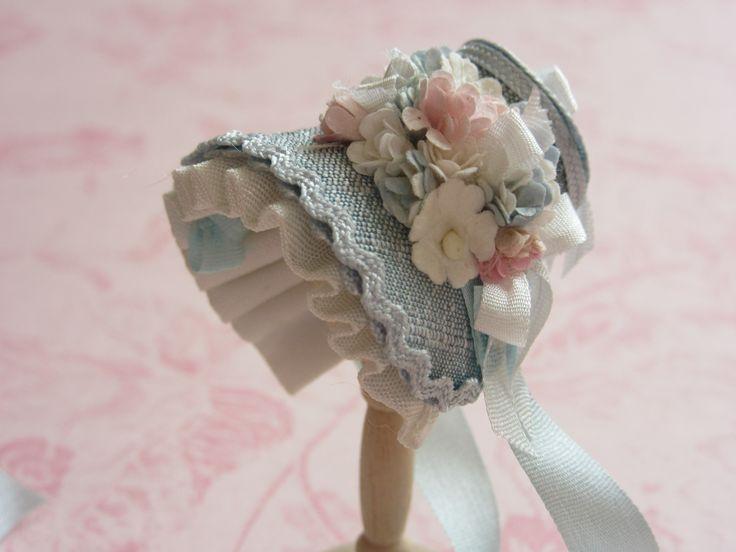 1/12th scale silk very sweet bonnet