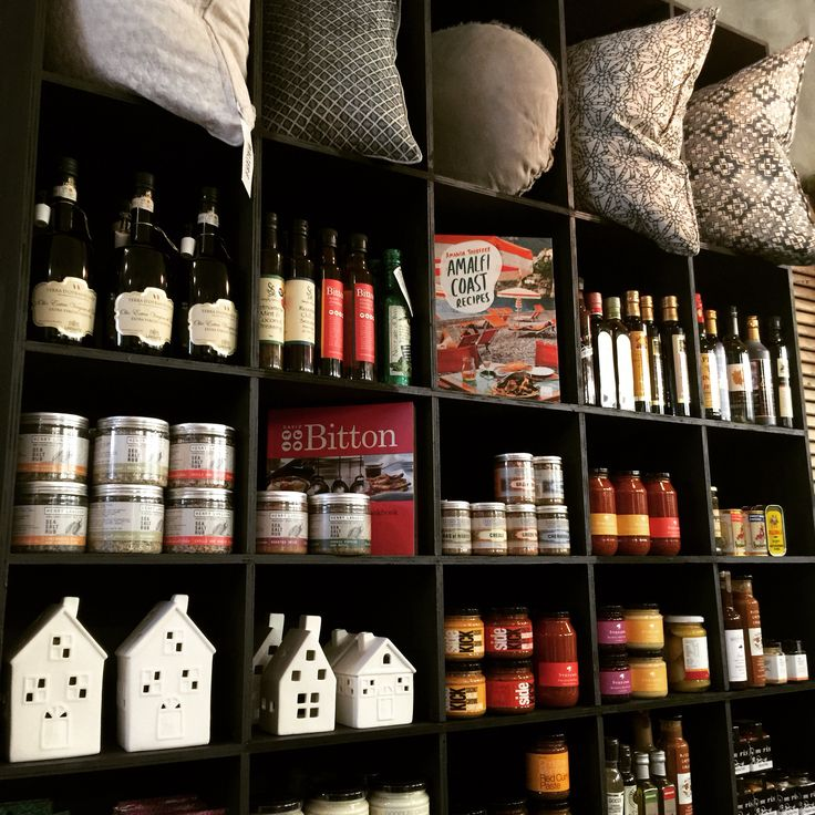 Styling the Berwick deli with gorgeous Walter G cushions, Devine, check out there amazing product.