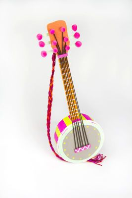 DIY Upcycled Box Banjo for Kids
