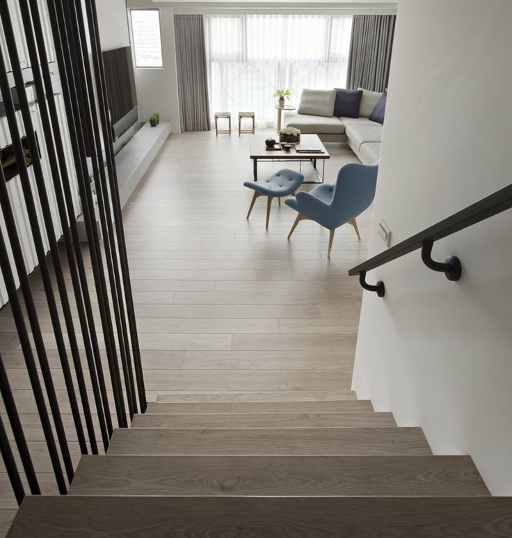 15 must see rampe noire pins rampe peinte peindre des for Meuble asiatique escalier