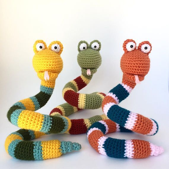 Amigurumi crochet pattern: Snake