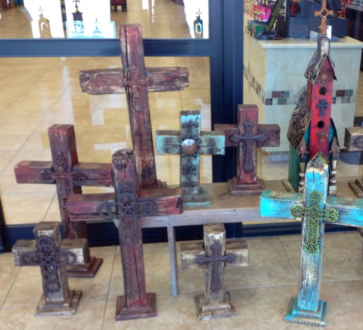 Buc-ee's Has Awesome Decorative Crosses