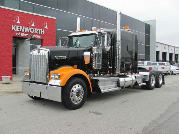 USED 2010 KENWORTH Conventional Truck W900 for sale