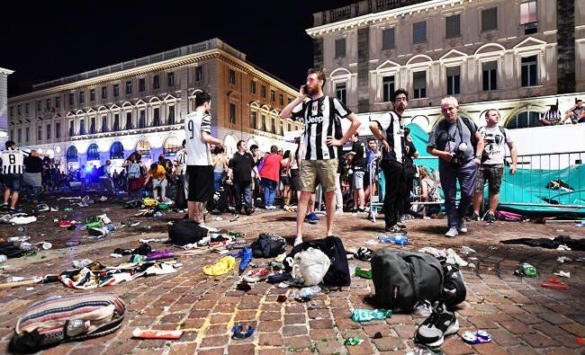Hundreds of Juventus fans injured in stampede in Turin http://betiforexcom.livejournal.com/24433704.html  Author: ReutersSun, 2017-06-04 02:23ID: 1496539092982357200ROME: Hundreds of Juventus soccer fans watching the Champions League final in one of Turin's main squares were injured when loud bangs created a panic and mayhem. About 400 people were being treated for slight injuries, Italian media reported. About five people were seriously hurt, including a 7-year-old boy who was trampled, Sky…
