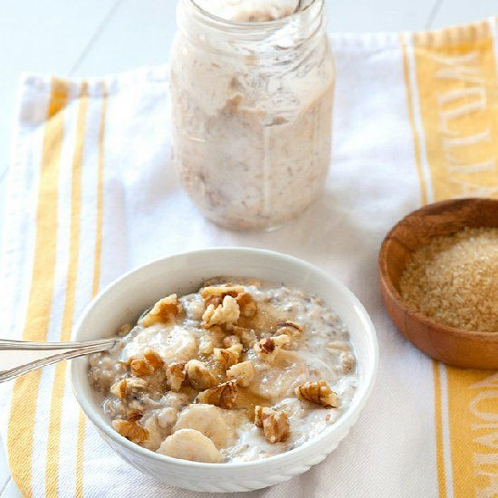 Banana Cream Pie Overnight Oatmeal - A healthy breakfast prepped in minutes the night before.