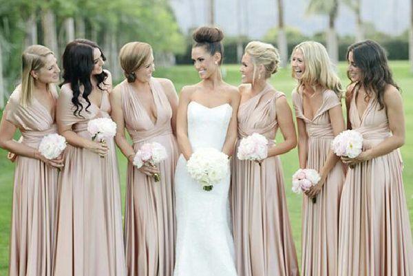 Para lograr unas damas boda armónicas no abuses en el número de integrantes. La cantidad ideal es de 5 a 10 #bodas #elblogdemariajose #damasboda