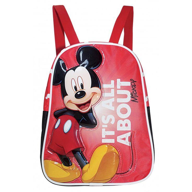 Petit sac à dos Mickey pour la maternelle.  Sac en toile avec Mickey en relief sur une partie plastique brillante.  Les autres parties du sac sont en toile synthétique.  Haut 24cm Large 19cm Prof 8cm