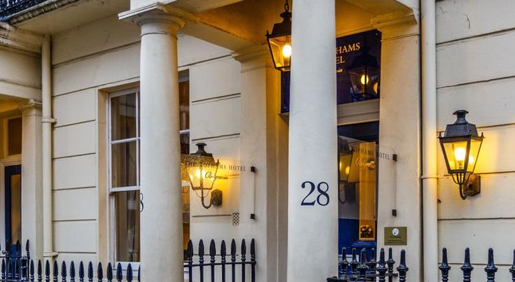 The Tophams Hotel London This stylish 4-star hotel is 400 metres from London Victoria Station and the Gatwick Express. The modern air-conditioned rooms have free internet access, minibars, flat-screen TVs and DVD players.