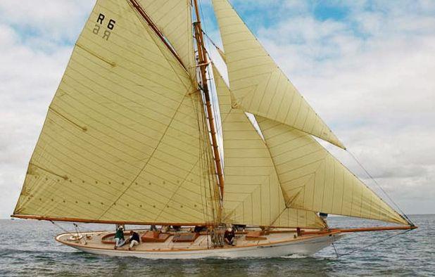 william fife iii 59 ft gaff cutter 1897 2001 sailing pinterest. Black Bedroom Furniture Sets. Home Design Ideas