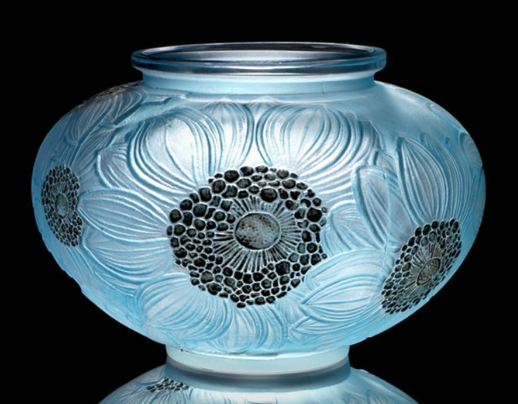 René Lalique 'Dahlias' a Vase, design 1923 frosted glass, heightened with blue staining and black enamel 12.4cm high, moulded 'R. Lalique'