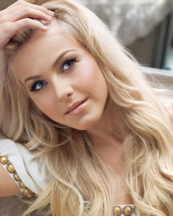 Hair Color Ideas for Blondes with Blue Eyes - Best Hair Color for Summer Check more at http://www.fitnursetaylor.com/hair-color-ideas-for-blondes-with-blue-eyes/