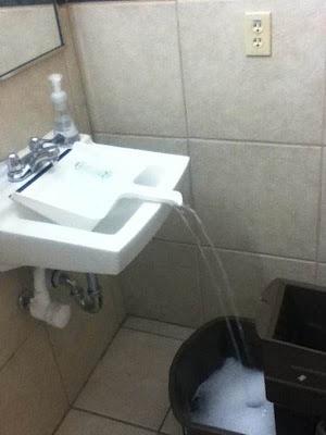 Schon mal ein Gefäß nicht mit Wasser füllen können weil es nicht drunter passt?