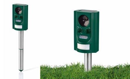 <ul>     <li>Mantiene alejados a perros, gatos o roedores sin riesgo mediante sonidos de alta frecuencia y flashes</li>     <li>Panel solar integrado para funcionamiento independiente de la red eléctrica</li>     <li>5 modos para grupos de animales específicos o para uso universal</li>     <li>Incluye baterías Ni-MH</li> </ul>