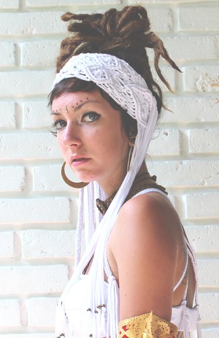 Macrame headband. via Etsy.