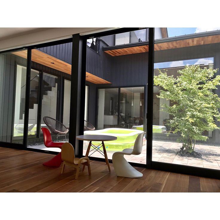 レッドシダー天井/キッズパントンチェア/こどもと暮らす。/中庭/こども部屋…などのインテリア実例 - 2017-07-15 12:18:16   RoomClip(ルームクリップ)