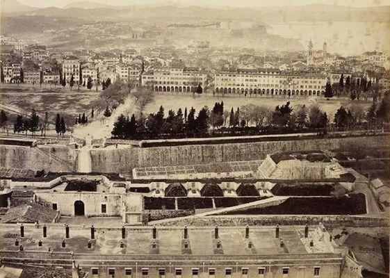 Πανοραμική άποψη της παλιάς πόλης της Κέρκυρας, έτος 1862