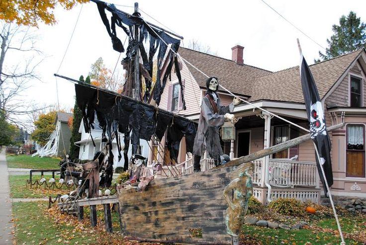 Happy Halloween, from Tillson Street!
