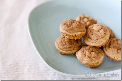 4 ingredient baby muffins/pancakes 1 banana (1/3 c mashed. Or applesauce, pumpkin, etc), 1/2 cup your choice of baby cereal, 1/2 tsp baking powder. Pinch of cinnamon
