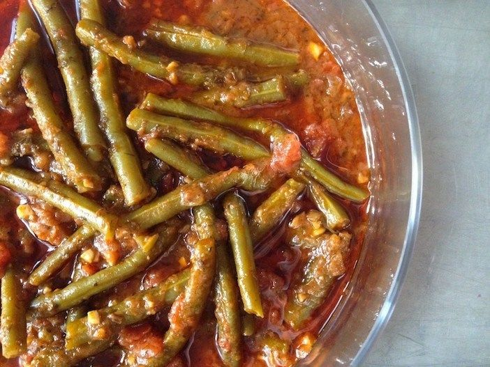 A Classic from The Greek Vegan: Fasolakia (Green Beans in Tomato Sauce) - The Pappas Post