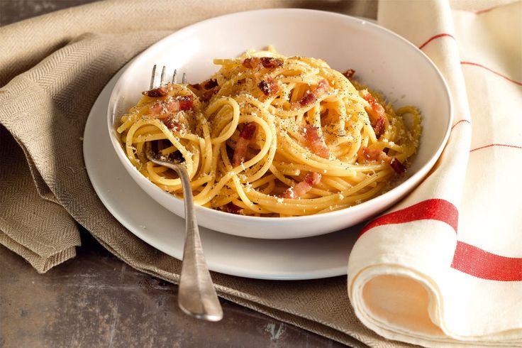 Prozioni:4 Tempo totale:30 Tempo cottura:30 Descrizione ingredienti:350 g spaghetti – 120 g pancetta tesa o guanciale – 30 g pecorino romano pi un po' – 20 g grana grattugiato – 2 grossi tuorli (o 3 normali) – olio extravergine di oliva – sale – pepe Ingredienti:350 grammi spaghetti|120 grammi pancetta tesa o guanciale|30 grammi pecorino …