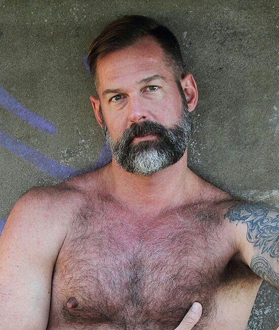 597 Best Maduros Images On Pinterest  Hairy Men, Mature -1167