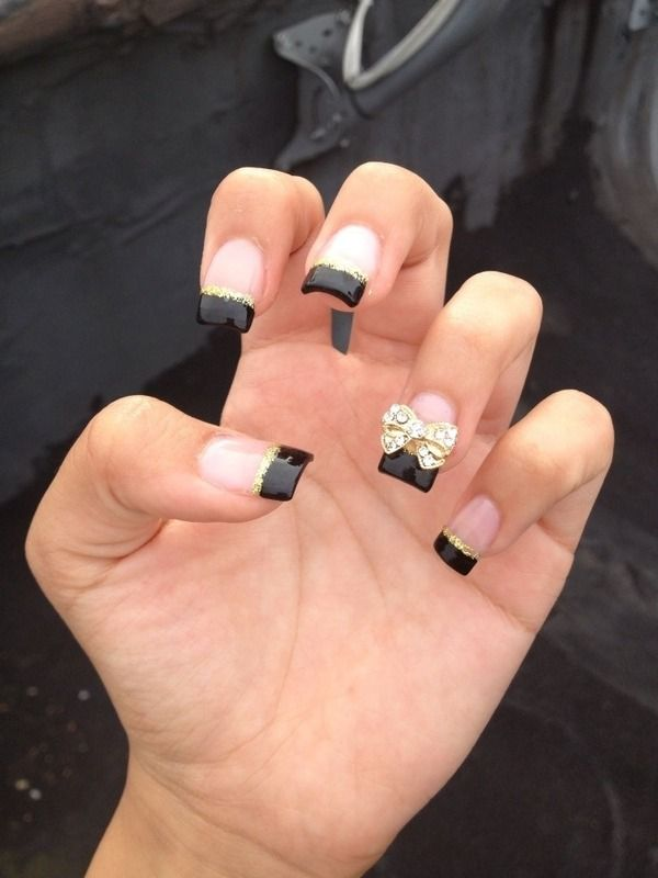 pretty #frenchmani #black #nailart  cute for special occasion