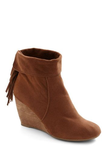 Flounce Back Wedge, #ModCloth gigi loves these. but, she is 9 years old and her mean mom wont let her have these things.