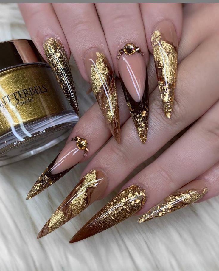 Welche Nagellackmarke sollte für Stiletto-Nägel verwendet werden? – Fantasy Fingernails