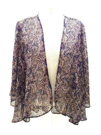 kimono con estampado de amebas, tonos azul oscuro, beige, rosa y morado. (alquiler 7 €, préstamo 7 créditos)
