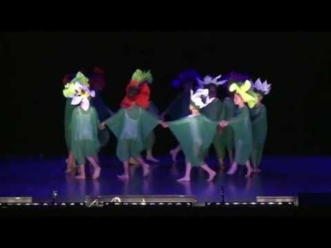 """spectacle tempsdanse14 - juin 2013 - initiation à la danse - 6 ans -"""" les fleurs"""" - YouTube"""
