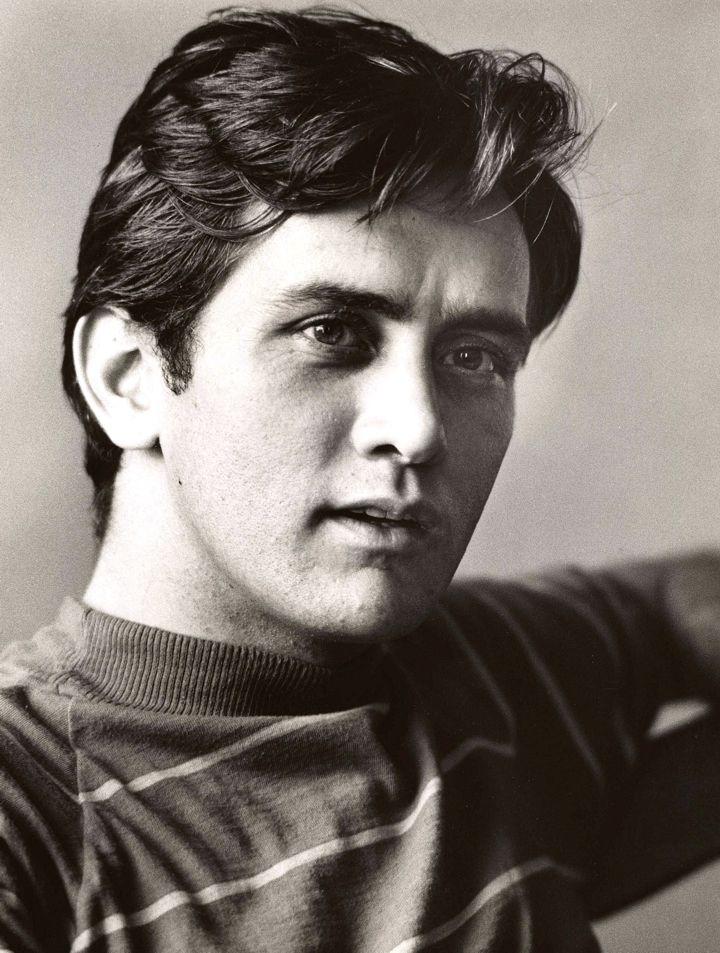 Martin Sheen (Ramón Antonio Gerardo Estévez Phelan)