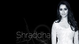 Shraddha Kapoor Cute Desktop Wallpapers