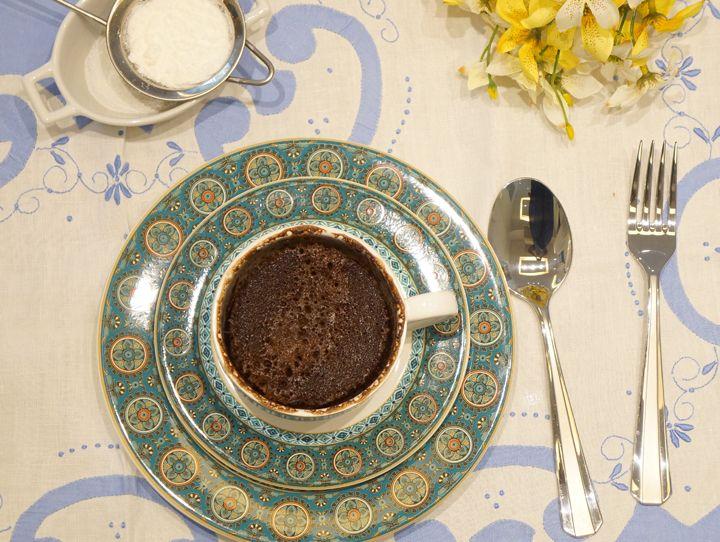 A Chef Bia Diniz nos ensina a fazer um bolo de caneca rápido e fácil: https://www.casadevalentina.com.br/blog/BOLO%20DE%20CANECA  ------------------------------------------- The Chef Bia Diniz teaches us to make a quick and easy mug cake: https://www.casadevalentina.com.br/blog/BOLO%20DE%20CANECA