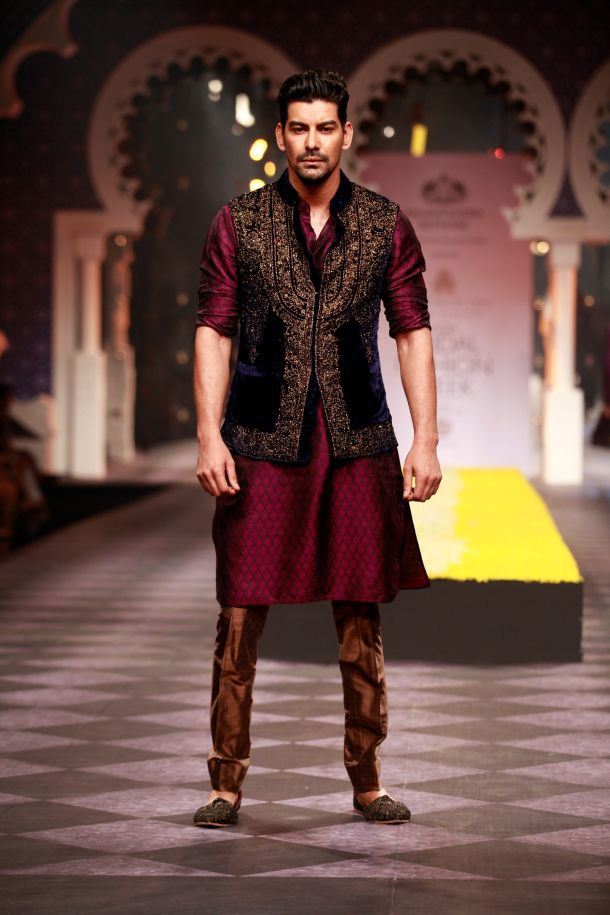 Raghavendra Rathore at Indian Bridal Week