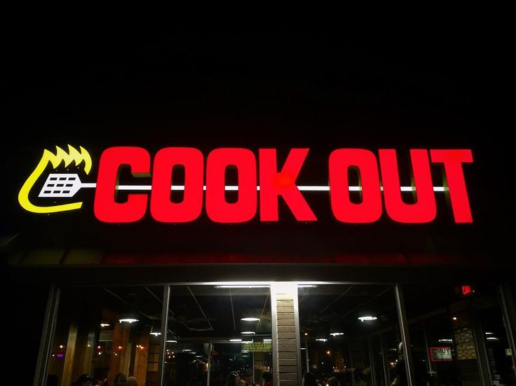 Now open at 757 South Highland! Try the banana pudding milkshake and double burger with cheese. #choose901