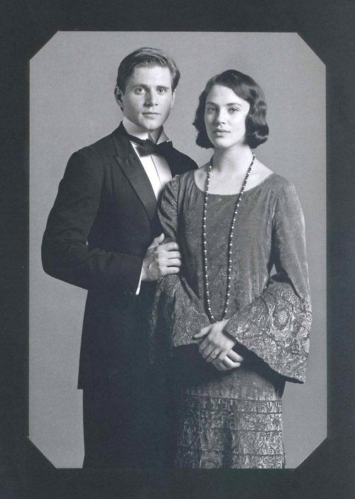 Downton Abbey - Sybil and Branson (Jessica Brown Findlay and Allen Leech)