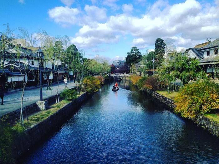 江戸・天領時代の町並みを残す「倉敷美観地区」。風情豊かな景観も、大人の旅にぴったりです。