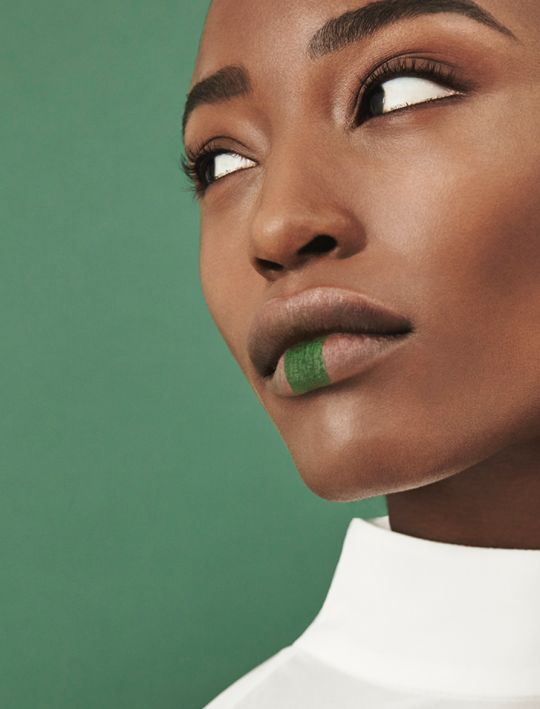Alicia Burke by Harriet McSween for 1883. Makeup by Shelley Blaze.