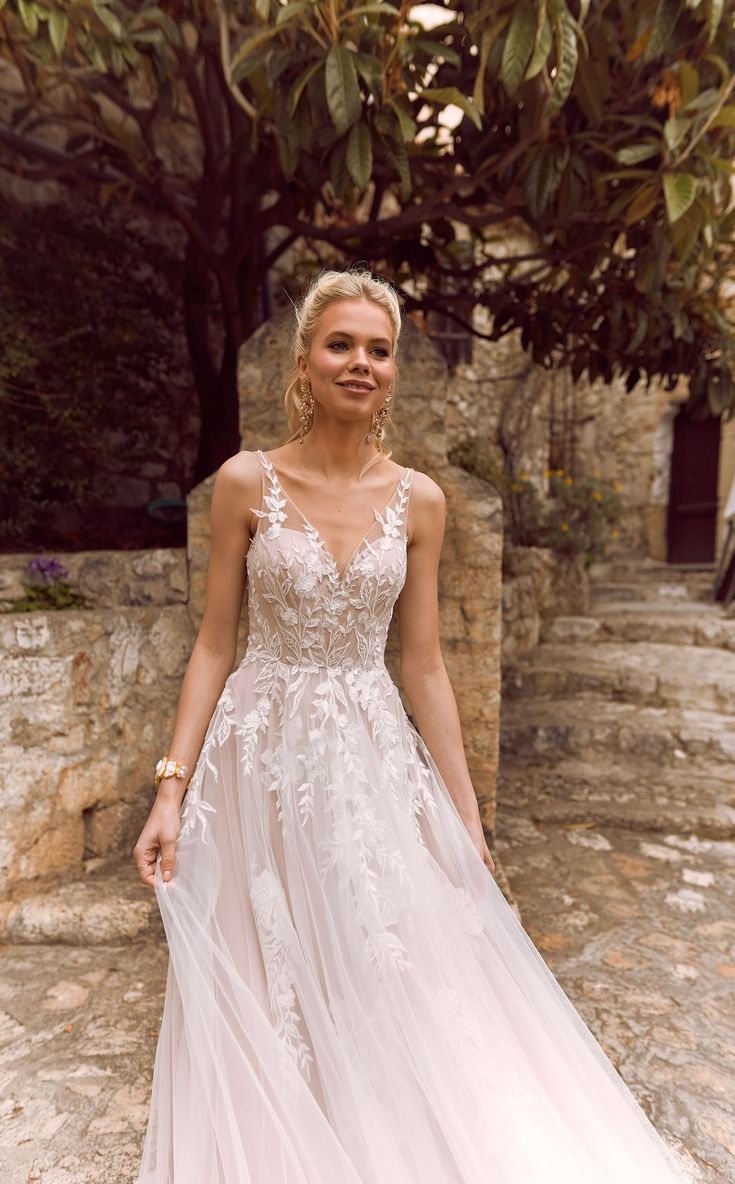 The lovely HALANI  gown by Madi Lane Bridal // Style Number: ML2719
